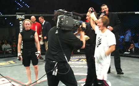 A Victorious Megumi Fujii (Photo Credit: Hitomi Akano)
